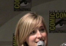 Allison Mack, Fonte Foto: Google